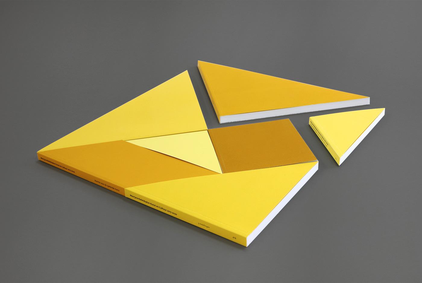 Ruimte voor de spelende mens, tangram puzzle book